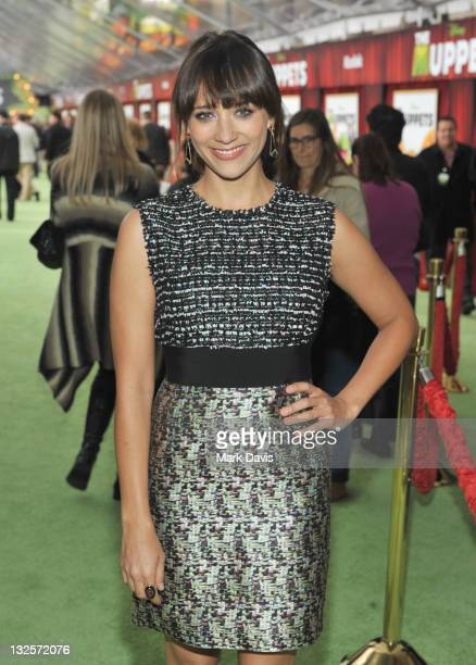 Actress Rashida Jones arrives at the premiere of Walt Disney Pictures' The Muppets held at the El Capitan Theatre on November 12 2011 in Hollywood...