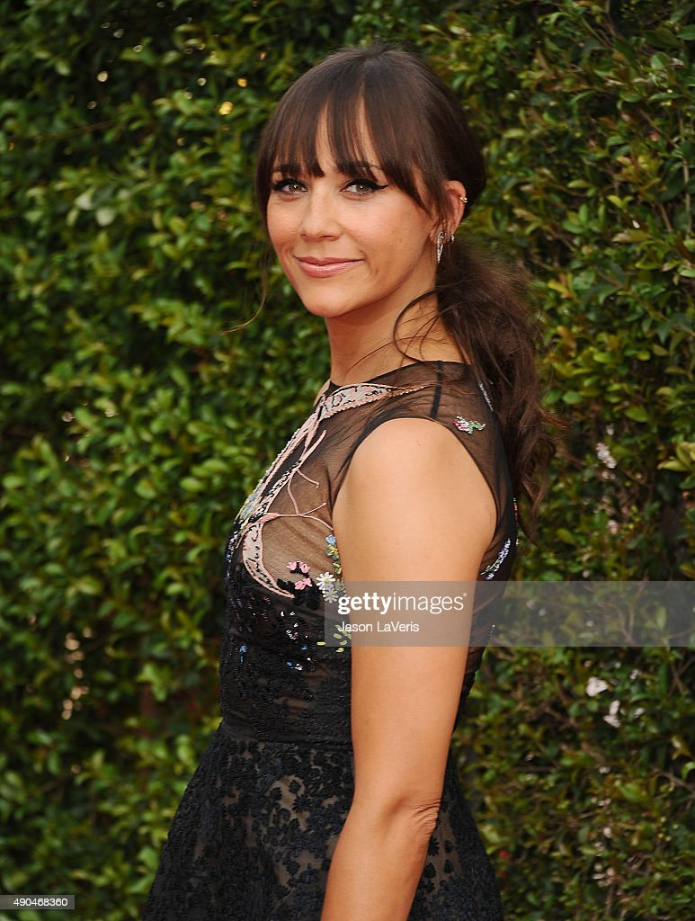 Actress Rashida Jones attends the 2015 Creative Arts Emmy Awards at Microsoft Theater on September 12, 2015 in Los Angeles, California.