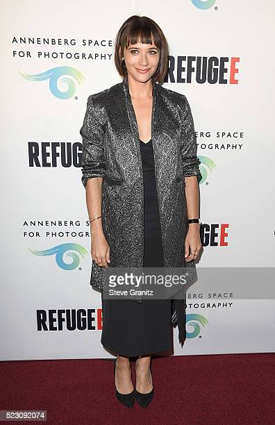 Actress Rashida Jones attends the opening of REFUGEE Exhibit at Annenberg Space For Photography on April 21, 2016 in Century City, California.