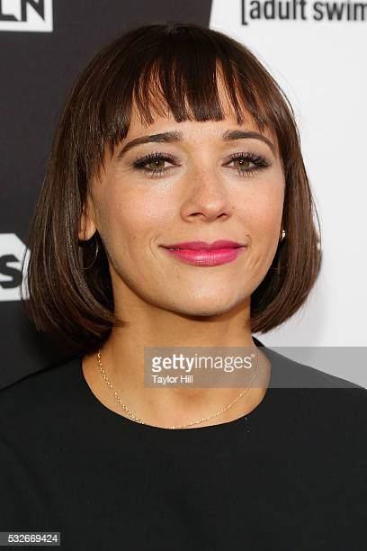 Actress Rashida Jones attends the Turner Upfront 2016 arrivals at The Theater at Madison Square Garden on May 18 2016 in New York City