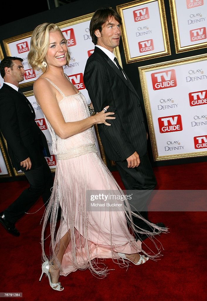 Actress Rebecca Romijn and actor Jerry O'Connell arrive at TV Guide's 5th Annual Emmy Party September 16, 2007 in Los Angeles.