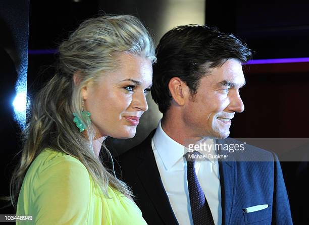 Actress Rebecca Romijn and actor Jerry O'Connell arrives at the premiere of The Weinstein Company's 'Piranha 3D' at the Mann's Chinese 6 Theatre on...