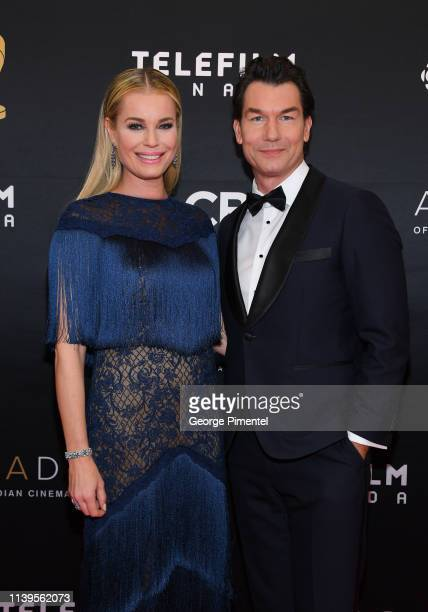 Actress Rebecca Romijn and Actor Jerry O'Connell attend the 2019 Canadian Screen Awards Broadcast Gala at Sony Centre for the Performing Arts on...