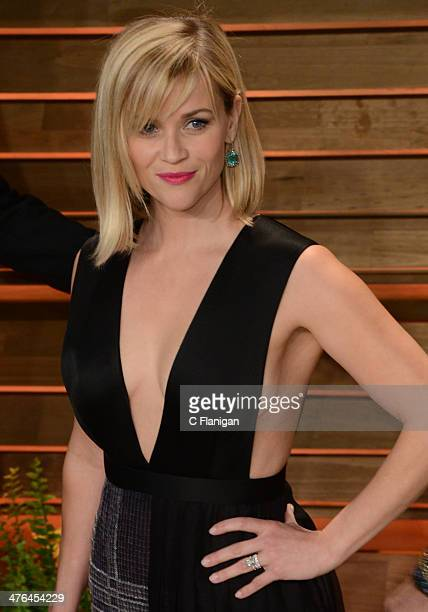 Actress Reese Witherspoon arrives at the 2014 Vanity Fair Oscar Party Hosted By Graydon Carter on March 2 2014 in West Hollywood California