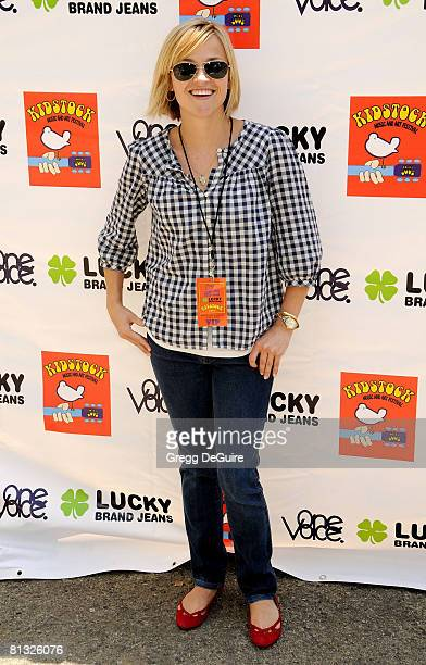 Actress Reese Witherspoon arrives at the 2nd Annual Kidstock Music And Art Festival on June 1 2008 at Greystone Mansion in Beverly Hills California