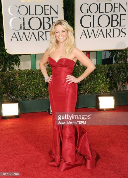 Actress Reese Witherspoon arrives at the 69th Annual Golden Globe Awards held at the Beverly Hilton Hotel on January 15, 2012 in Beverly Hills,...