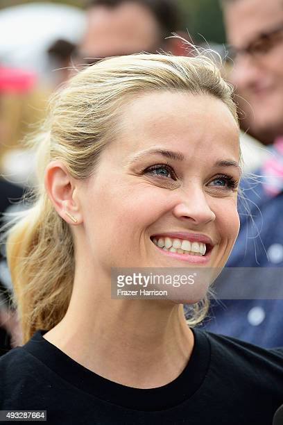Actress Reese Witherspoon attends Nanci Ryder's Team Nanci At The 13th Annual LA County Walk To Defeat ALS at Exposition Park on October 18 2015 in...