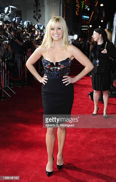 Actress Reese Witherspoon attends the premiere of Twentieth Century Fox's This Means War held at Grauman's Chinese Theatre on February 8 2012 in...