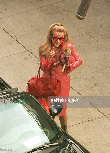 "Actress Reese Witherspoon films a scene on the set of ""Legally Blonde"" October 21, 2000 in Los Angeles, CA."