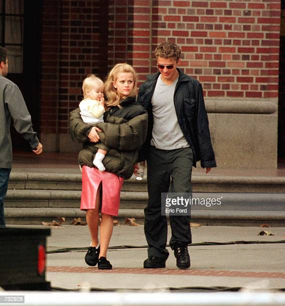 "Actress Reese Witherspoon Is visited by her husband Ryan Phillippe and their child on the set of ""Legally Blonde"" October 21, 2000 in Los Angeles, CA."