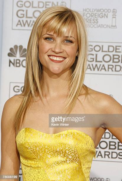 Actress Reese Witherspoon poses backstage during the 64th Annual Golden Globe Awards at the Beverly Hilton on January 15, 2007 in Beverly Hills,...