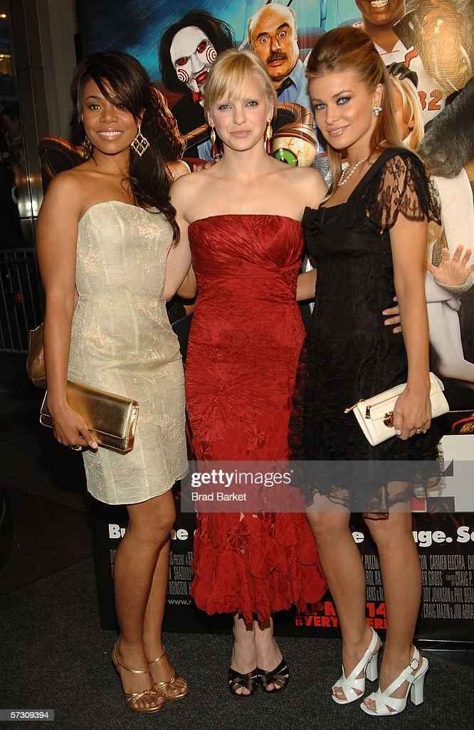 ¿Cuánto mide Regina Hall? - Real height Actress-regina-hall-anna-faris-and-carmen-electra-arrive-at-the-of-picture-id57309394