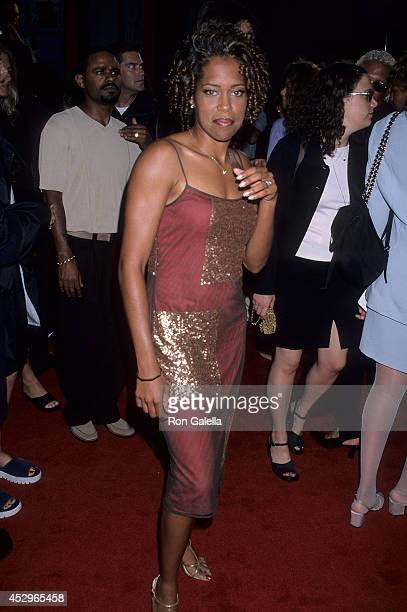 Actress Regina King attends the How Stella Got Her Groove Back Hollywood Premiere on August 3 1998 at the Mann's Chinese Theatre in Hollywood...