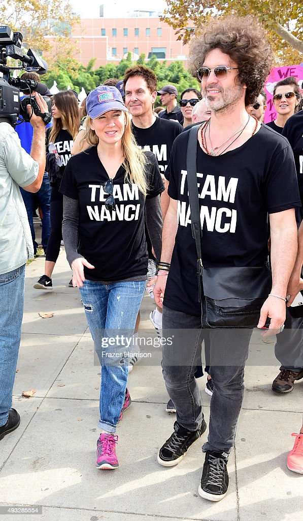 "Nanci Ryder's ""Team Nanci"" At The 13th Annual LA County Walk To Defeat ALS : News Photo"