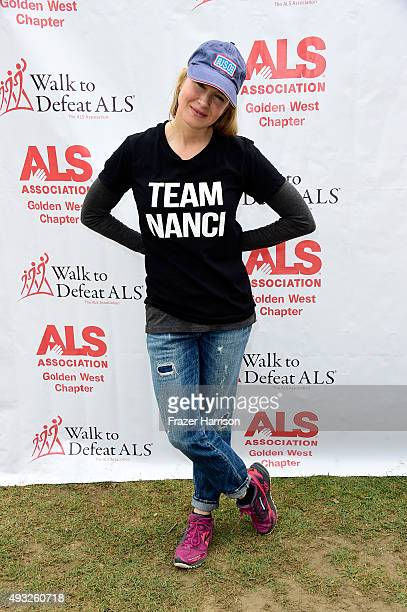 Actress Renée Zellweger attends the Nanci Ryder's Team Nanci At The 13th Annual LA County Walk To Defeat ALS at Exposition Park on October 18 2015 in...