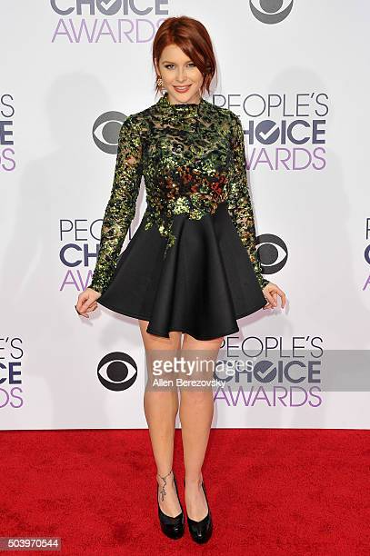 Actress Renee Olstead arrives at the People's Choice Awards 2016 at Microsoft Theater on January 6 2016 in Los Angeles California