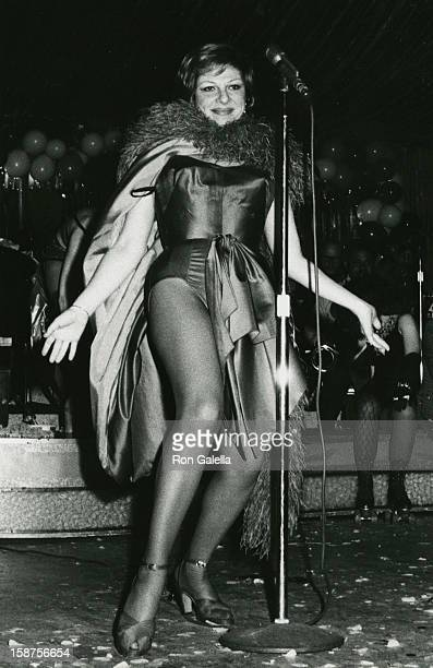 """Actress Renee Taylor attending """"Goden Days of Burlesque Party"""" on June 4, 1973 at the Phoenix House in New York City, New York."""
