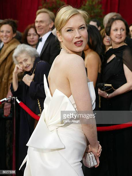 Actress Renee Zellweger attends the 76th Annual Academy Awards at the Kodak Theater on February 29 2004 in Hollywood California