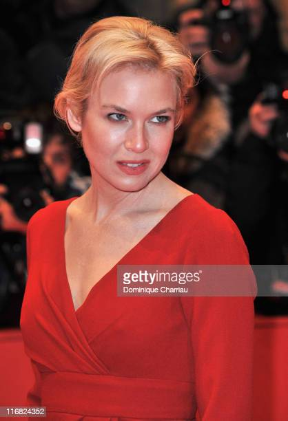 """Actress Renee Zellweger attends the """"My One and Only"""" premiere during the 59th Berlin International Film Festival at the Berlinale Palast on February..."""