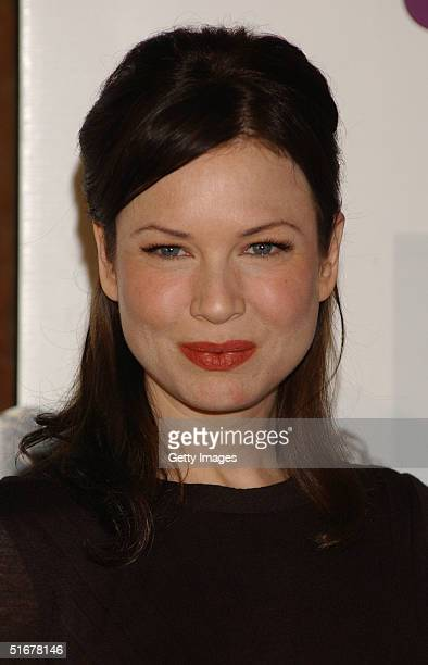 Actress Renee Zellweger poses at a photocall to promote film Bridget Jones The Edge Of Reason at Hotel Ritz on November 5 2004 in Madrid Spain