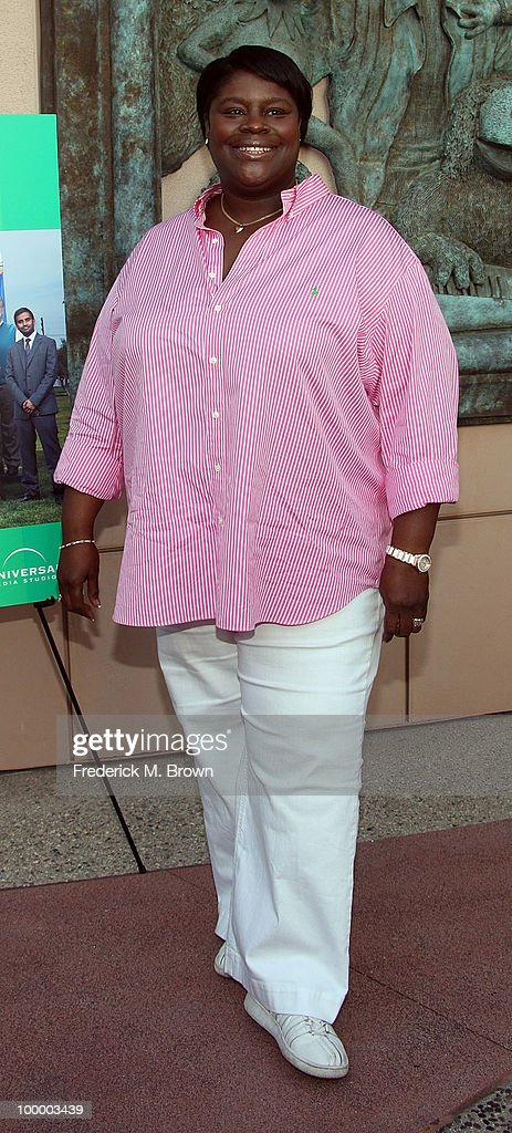 Actress Retta attends the screening of 'Parks and Recreation' at the Leonard H. Goldenson Theatre on May 19, 2010 in North Hollywood, California.
