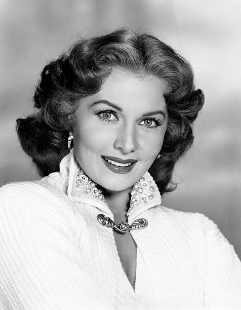 actress-rhonda-fleming-smiling-picture-i