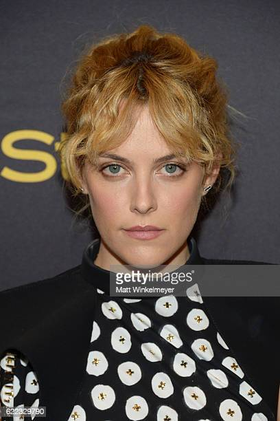 Actress Riley Keough arrives at the Hollywood Foreign Press Association and InStyle celebrate the 2017 Golden Globe Award Season at Catch LA on...