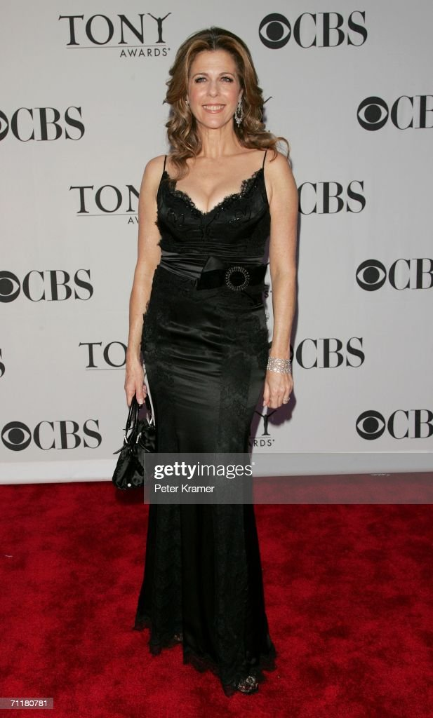 Actress Rita Wilson attends the 60th Annual Tony Awards at Radio City Music Hall June 11, 2006 in New York City.