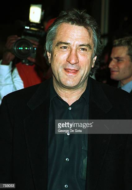 Actress Robert De Niro arrives October 22 2000 at the special screening of 'Men of Honor' at the United Artists Theater in New York City