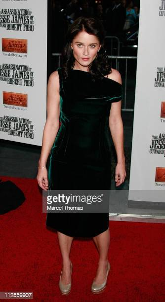 Actress Robin Tunney arrives at the Ziegfeld theater for the US Premiere of the movie The Assassination of Jesse James by the Coward Robert Ford...