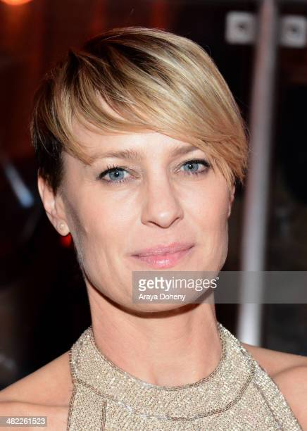 Actress Robin Wright attends The Weinstein Company Netflix's 2014 Golden Globes After Party presented by Bombardier FIJI Water Lexus Laura Mercier...