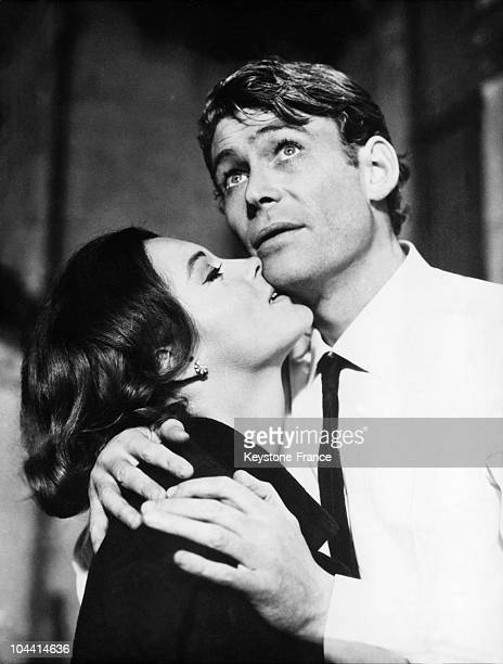 Actress Romy SCHNEIDER and actor Peter O'TOOLE in the film WHAT'S NEW PUSSYCAT directed by Olive DONNER in 1964