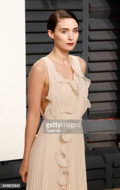 Actress Rooney Mara attends 2017 Vanity Fair Oscar Party Hosted By Graydon Carter at Wallis Annenberg Center for the Performing Arts on February 26...