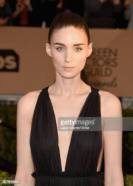 Actress Rooney Mara attends The 22nd Annual Screen Actors Guild Awards at The Shrine Auditorium on January 30 2016 in Los Angeles California 25650_015