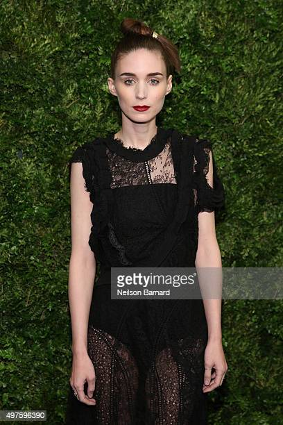 Actress Rooney Mara attends the Museum of Modern Art's 8th Annual Film Benefit Honoring Cate Blanchett at Museum of Modern Art on November 17 2015 in...