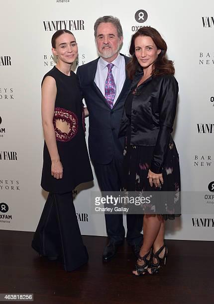 Actress Rooney Mara OXFAM President Raymond Offenheiser and actress Kristin Davis attend VANITY FAIR and Barneys New York Dinner benefiting OXFAM...