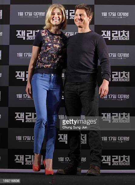 Actress Rosamund Pike and actor Tom Cruise attend the 'Jack Reacher' press conference at Conrad Hotel on January 10 2013 in Seoul South Korea The...