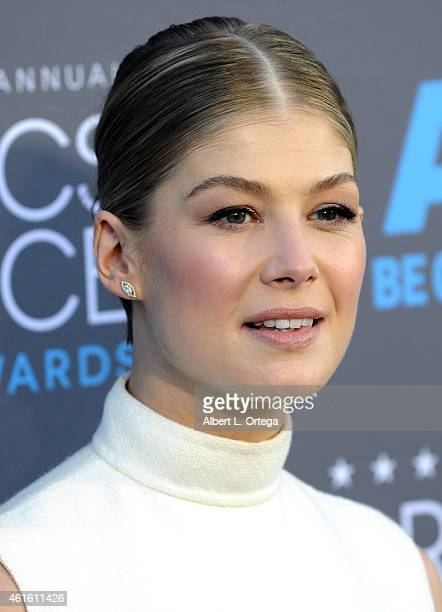 Actress Rosamund Pike arrives for The 20th Annual Critics' Choice Movie Awards held at Hollywood Palladium on January 15 2015 in Los Angeles...