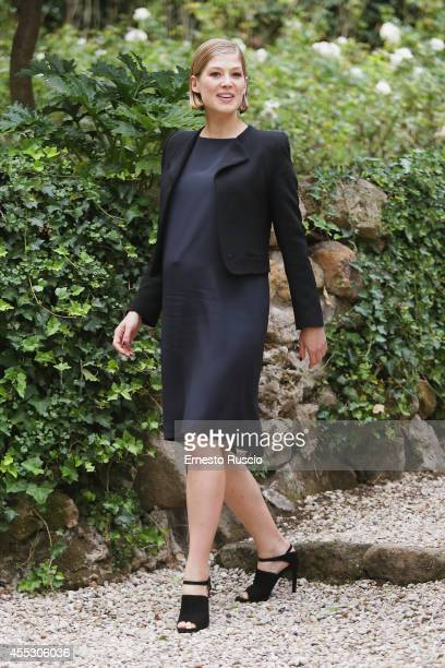 Actress Rosamund Pike attends 'Gone Girl' Photocall at Hotel De Roussie on September 12 2014 in Rome Italy