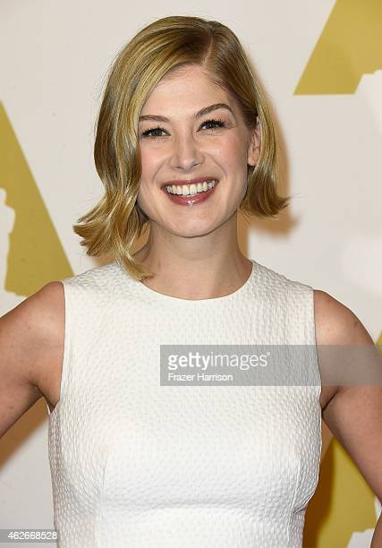 Actress Rosamund Pike attends the 87th Annual Academy Awards Nominee Luncheon at The Beverly Hilton Hotel on February 2, 2015 in Beverly Hills,...