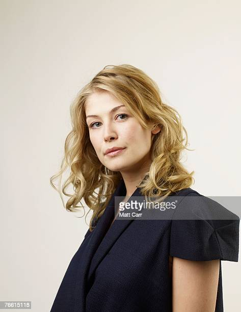 ACCESS*** Actress Rosamund Pike from the film 'Fugitive Pieces' poses for a portrait in the Chanel Celebrity Suite at the Four Season hotel during...