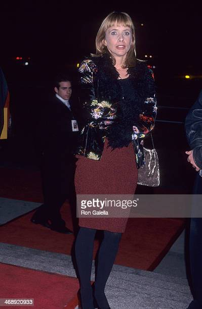 Actress Rosanna Arquette attends the 'Kundun' Westwood Premiere on December 15 1997 at the Avco Center Cinemas in Westwood California