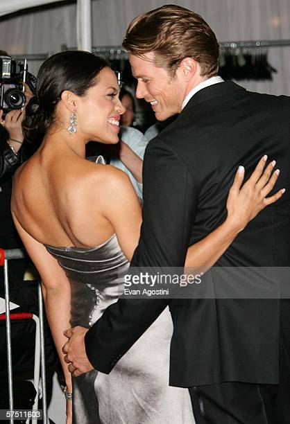 "Actress Rosario Dawson and boyfriend Jason Lewis attend the Metropolitan Museum of Art Costume Institute Benefit Gala ""AngloMania: Tradition and..."