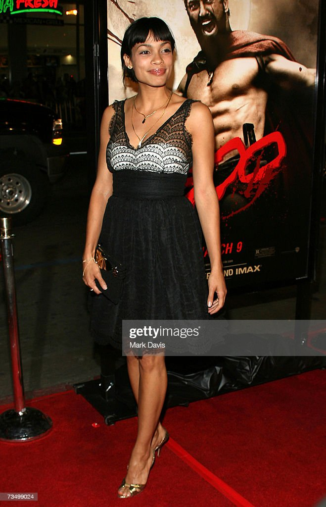 Actress Rosario Dawson attends the Warner Bros. premiere of '300' held at Grauman's Chinese theater on March 5, 2007 in Hollywood, California.