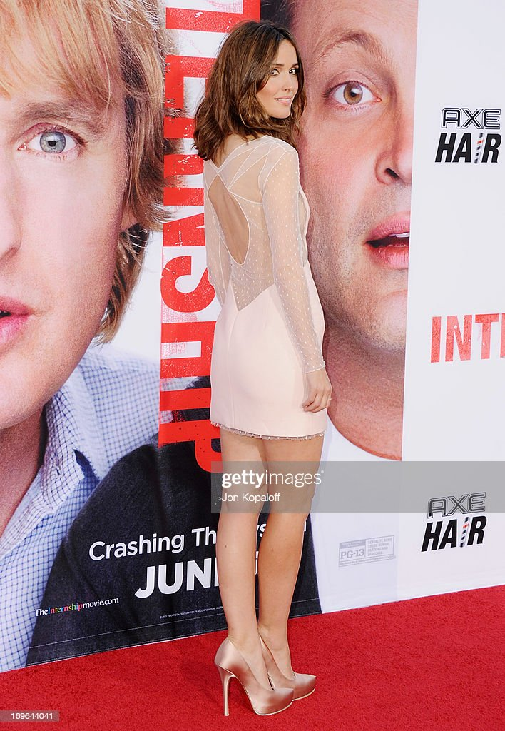 Actress Rose Byrne arrives at the Los Angeles Premiere 'The Internship' at Regency Village Theatre on May 29, 2013 in Westwood, California.