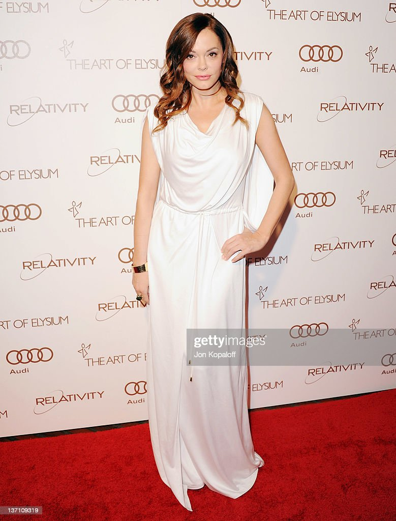 Actress Rose McGowan arrives at the Art Of Elysium's 5th Annual Heaven Gala at Union Station on January 14, 2012 in Los Angeles, California.