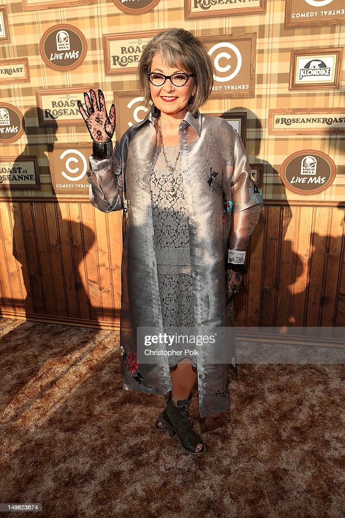 Comedy Central Roast Of Roseanne Barr - Red Carpet : News Photo