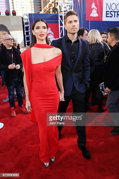 Actress Roselyn Sanchez and Eric Winter attend The 17th Annual Latin Grammy Awards at T-Mobile Arena on November 17, 2016 in Las Vegas, Nevada.