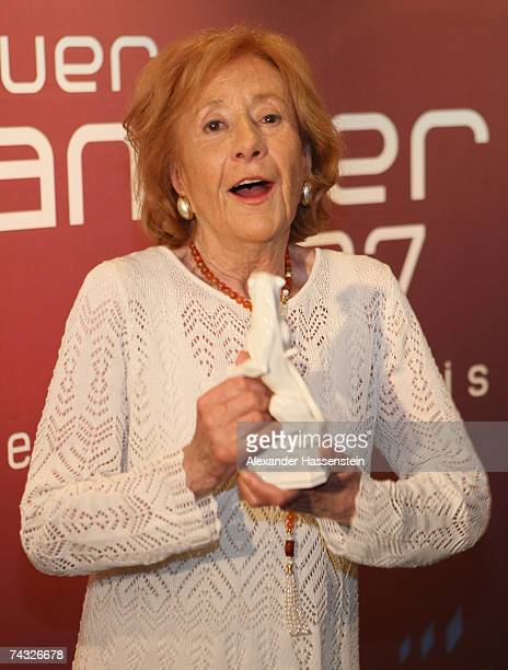Actress Rosemarie Fendel poses with her 'Blauer Panther' Award at the Bavarian Television Awards 2007 Ceremony at the Prinzregenten Theater on May 25...