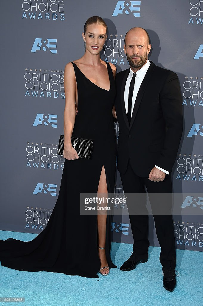 Actress Rosie Huntington-Whiteley (L) and actor Jason Statham attend the 21st Annual Critics' Choice Awards at Barker Hangar on January 17, 2016 in Santa Monica, California.